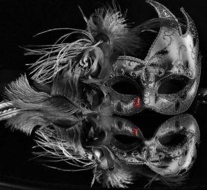mask-1127156_960_720 (2)