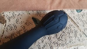 You2Toys Bendy Vibrators review, image showing a close of of the textured head of the Flower vibrator